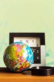 Globe sur le Tableau Photos stock