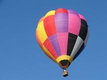 Globo colorido del aire caliente Imagenes de archivo