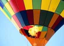 Globo colorido del aire caliente Fotos de archivo libres de regalías