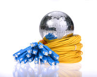 Globo com cabos e servidores da rede Imagens de Stock