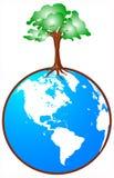 Globo con l'albero Fotografie Stock Libere da Diritti