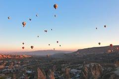 Globo de aire caliente, Cappadocia, Turquía imagen de archivo