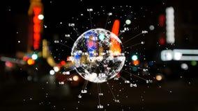 Globo de giro rodeado por las conexiones de datos con paisaje urbano en el fondo ilustración del vector