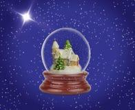 Globo de la nieve de la Navidad Imagen de archivo libre de regalías