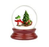 Globo de la nieve de la Navidad aislado en blanco Imagen de archivo