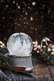 Globo de prata da neve imagens de stock