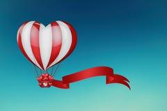 Globo del aire caliente del corazón Fotos de archivo libres de regalías