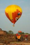 Globo del aire caliente en el festival internacional 2009 del globo de Tailandia Foto de archivo