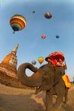 Globo del aire caliente en el festival internacional 2009 del globo de Tailandia Imágenes de archivo libres de regalías