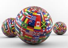 Globo della bandiera con differenti bandiere di paese Immagini Stock