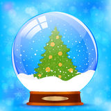 Globo della neve con l'albero di Natale Fotografia Stock