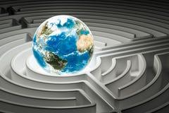 Globo della terra dentro il labirinto del labirinto, 3D Fotografia Stock Libera da Diritti