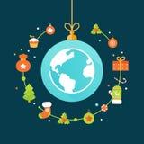 Globo della terra e decorazioni di Natale Immagine Stock Libera da Diritti
