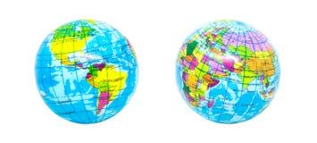 Globo do mundo ou brinquedos modelo da esfera isolados no fundo branco imagens de stock