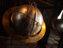 Globo do ouro da antiguidade imagens de stock royalty free