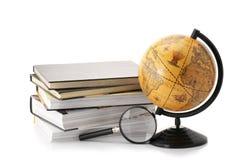 Globo e livros Imagem de Stock Royalty Free