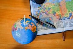Globo e mapa Fotografia de Stock
