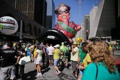 Globo gigante que es Dilma inflado Imagen de archivo libre de regalías