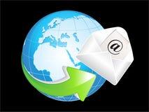 Globo lucido blu astratto con l'icona della posta Fotografie Stock