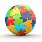 Globo o sfera dai puzzle su priorità bassa bianca Fotografie Stock Libere da Diritti