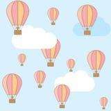 Globo rosado del aire caliente en el cielo Foto de archivo libre de regalías