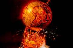Globo su fuoco Art Symbol dell'apocalisse immagine stock