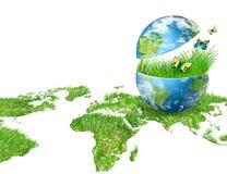 Globo sull'erba verde Immagine Stock Libera da Diritti