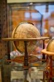 Globo terrestre de madera Imagen de archivo libre de regalías