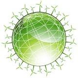 Globo verde circunvizinho dos moinhos de vento Foto de Stock