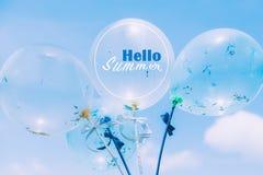 Globos azules del partido en fondo del cielo Imágenes de archivo libres de regalías
