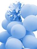 globos azules para celebrar el evento feliz del nacimiento de una ji Imagen de archivo libre de regalías