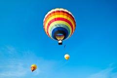 Globos coloridos del aire caliente Fotos de archivo