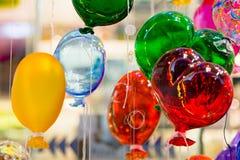 Globos coloridos hechos del vidrio veneciano de Murano Imagen de archivo libre de regalías