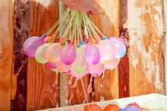 Globos de agua coloridos de relleno Imagen de archivo