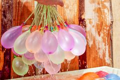 Globos de agua coloridos de relleno Imagen de archivo libre de regalías