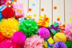 Globos de papel festivos coloridos Accesorios para el cumpleaños Fotos de archivo