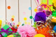 Globos de papel festivos coloridos Accesorios para el cumpleaños Fotografía de archivo