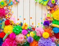 Globos de papel festivos coloridos Accesorios para el cumpleaños Foto de archivo