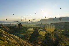 Globos del aire caliente en Cappadocia, mayo de 2017 Imagen de archivo