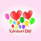 Globos del día de tarjeta del día de San Valentín que levantan cartas Foto de archivo libre de regalías