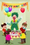 Globos que llevan del payaso a la fiesta de cumpleaños de los niños Imágenes de archivo libres de regalías