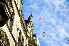 Globos rojos del corazón Imagenes de archivo