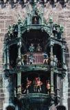 Glockenspiel Nowy urząd miasta Monachium Niemcy Obraz Stock