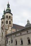 Glockentürme St. Andrew Church in Krakau, Polen stockbild