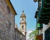 Glockenturm der Kathedrale in Bogota Kolumbien lizenzfreies stockbild