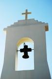 Glockenturm der kleinen Kirche Stockfoto