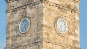Glockenturm im historischen Teil von timelapse Antalyas Kaleici, die Türkei Alte Stadt von Antalya ist ein populärer Bestimmungso stock footage
