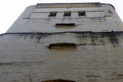 Glockenturm mit Fenstern Stockbilder