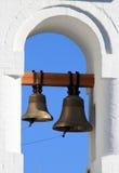 Glockenturm mit zwei Glocken Stockbild