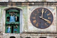 Glockenturm, Sighisoara, Rumänien stockbilder